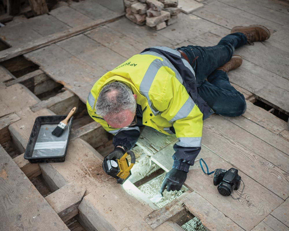 Matthew Champion at work ©National Trust Images_Mike Hodgson