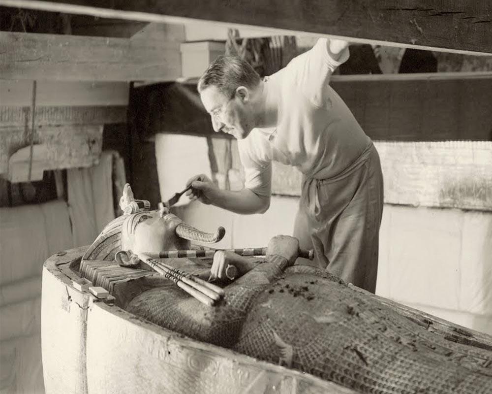 Howard Carter and the tomb of Tutankhamen